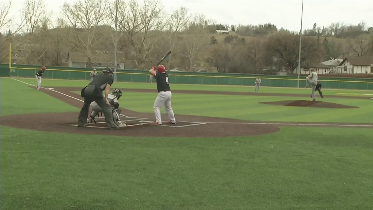 Minot_State_baseball_wins_slugfest_0_20190420233834