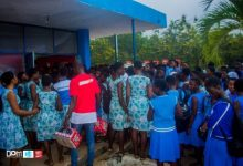 Photo of 37 Sekondi College students sacked for using mobile phones in campus