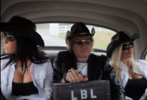 Moonshine girls in car
