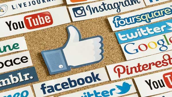 build traffic with social media