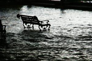 flood-989081_1920