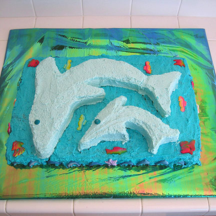 dolphinscake.jpg