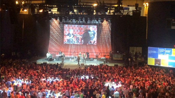 UDance 2018 found 6,000 students participating in a 12 hour dance marathon at University of Delaware