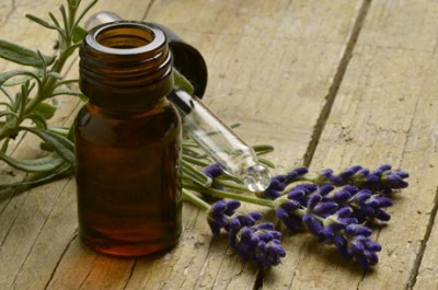 one of the benefits of lavender oil is its anti anxiety properties