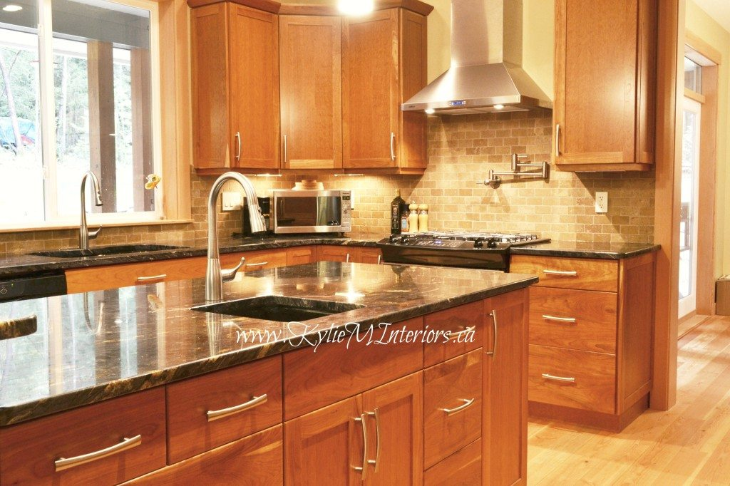 kitchen, island with black and gold granite countertops ... on Backsplash Ideas For Black Granite Countertops And Cherry Cabinets  id=31502
