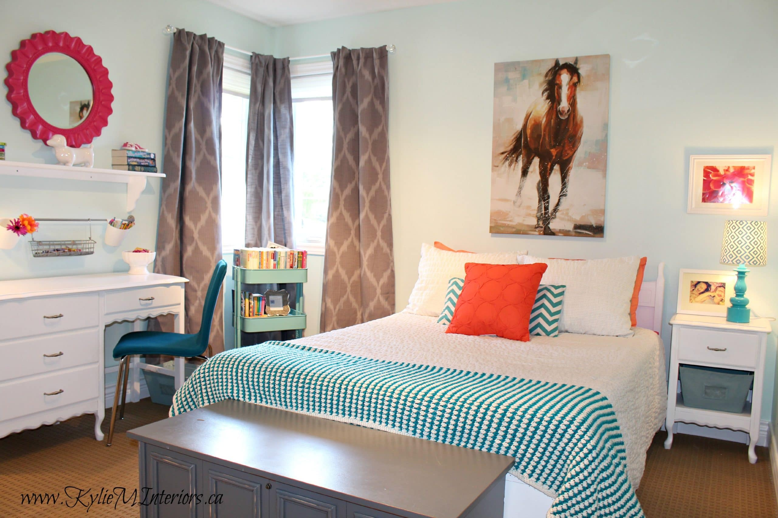 young girls tween bedroom decorating ideas using icy moon ... on Girls Room Decoration  id=98648