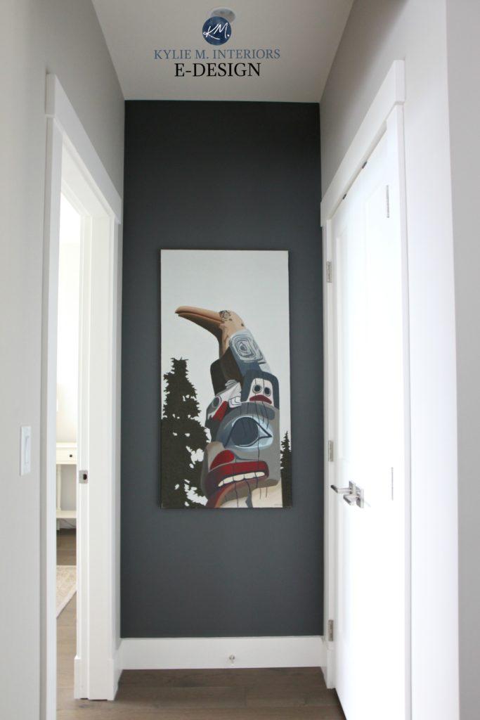 Benjamin Moore Kitty Gray Feature Art Wall With Collonade Gray Ken Kirkby Totem Pole Original