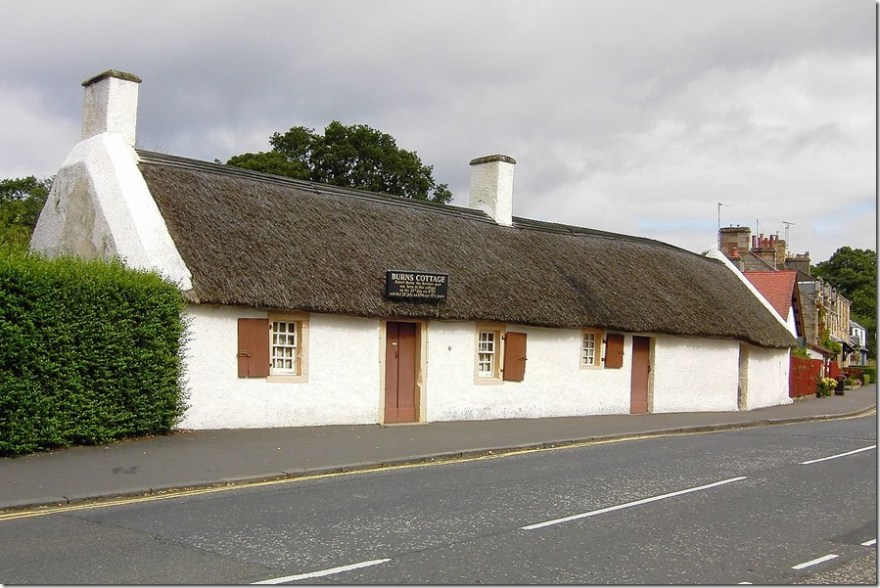 Robert Burns family cottage