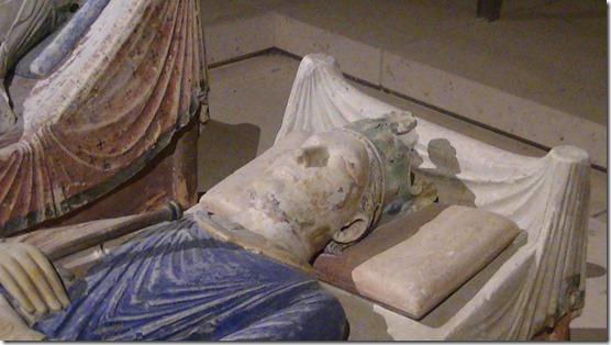 Church_of_Fontevraud_Abbey_Henry_II_effigy