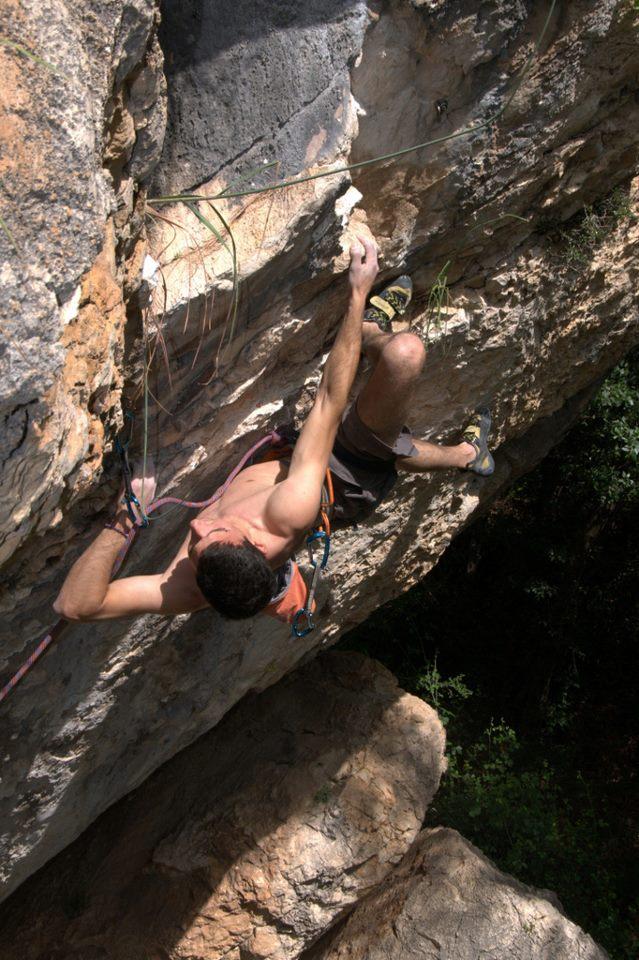 Symmetry in Climbing
