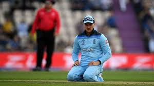 Englands-World-Cup-hopes-hang-in-the-balance-after-a-demoralising-defeat-by-Australia-at-Lords..jpg