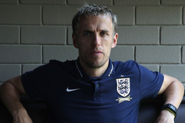 England womens manager Phil Neville said footballers should boycott social media to send a powerful message that abuse is not acceptable