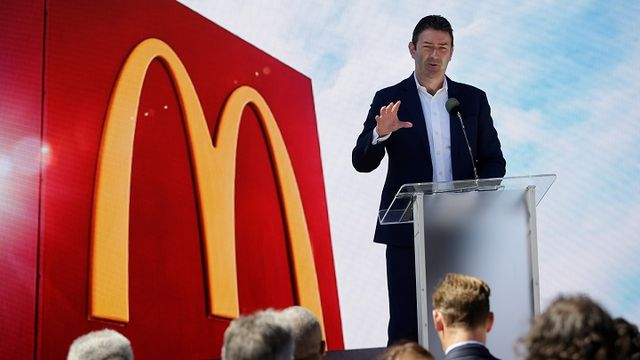 McDonalds-announced-Steve-Easterbrooks-departure-Sunday-saying-the-CEO-demonstrated-poor-judgment-by-engaging-in-a-consensual-relationship-with-an-employee..jpg
