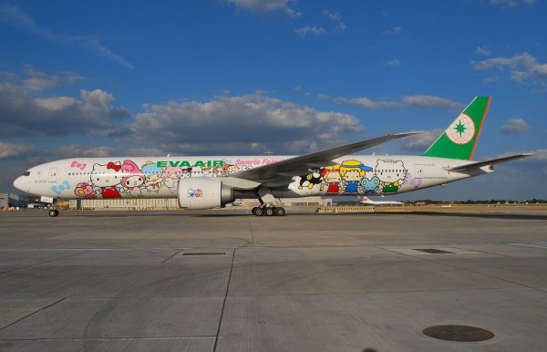 Hello_Kitty_Jet_Air_Service_EVA_Air