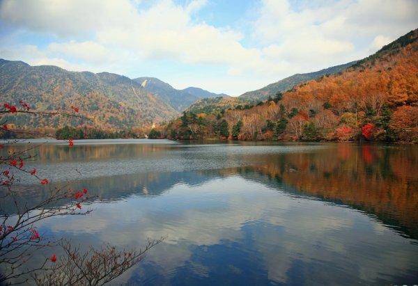 yunoko_lake_autumn_beauty_nikko