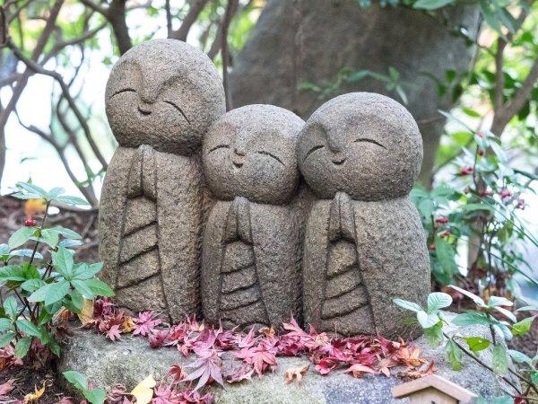 hasedera_temple_statues_kamakura