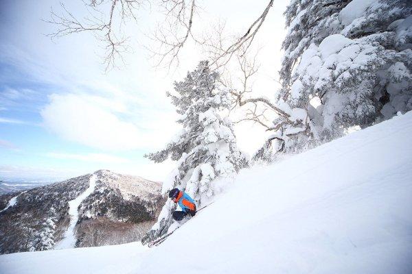 appi_skiing_winter