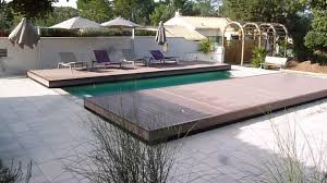 Abri piscine terrasse en bois