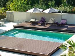 terrasse mobile de piscine l 39 abri de piscine comment choisir son prochain abri. Black Bedroom Furniture Sets. Home Design Ideas