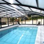 Abri de piscine haut Gris Anthracite ARTECH MAXEO interieur