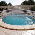 Abri de piscine bas modèle Athènes de Bel Abri