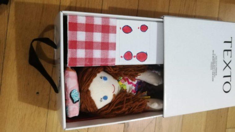 rangement de la maison de poupée en tissu