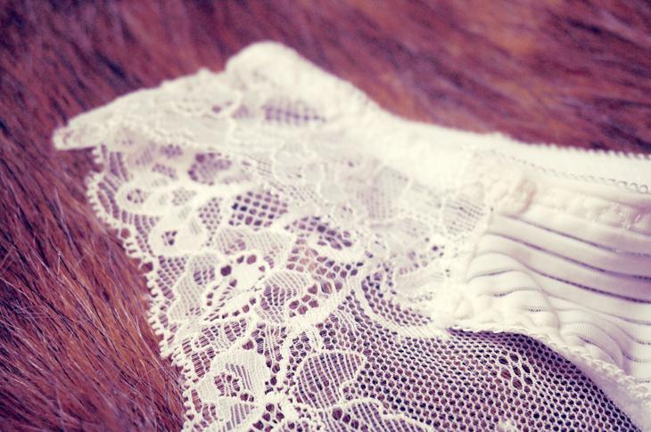 4_lingerie_culotte_pomm_poire