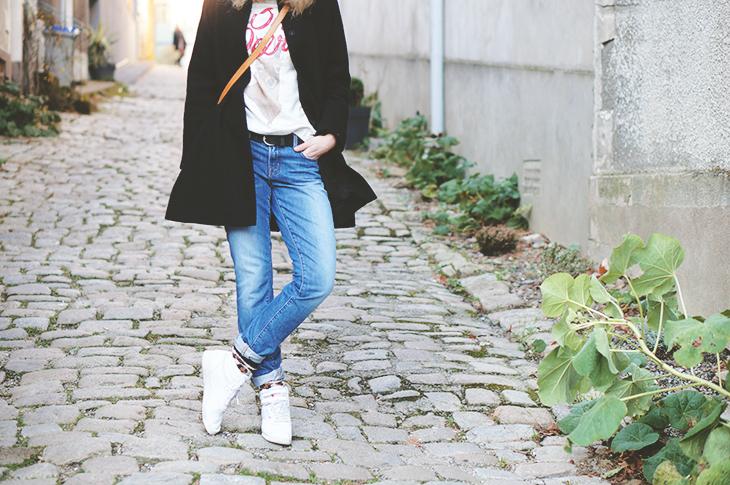 2_look_blog_mode_manteau_laine_cos_boyfriend_jean_j_brand_sweat_hm_saumur_louis_vuitton
