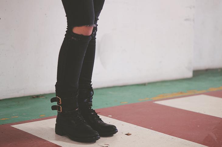 5_look_blog_mode_pull_eleven_paris_tunique_robe_dentelle_sac_mohekann_boots_jonak