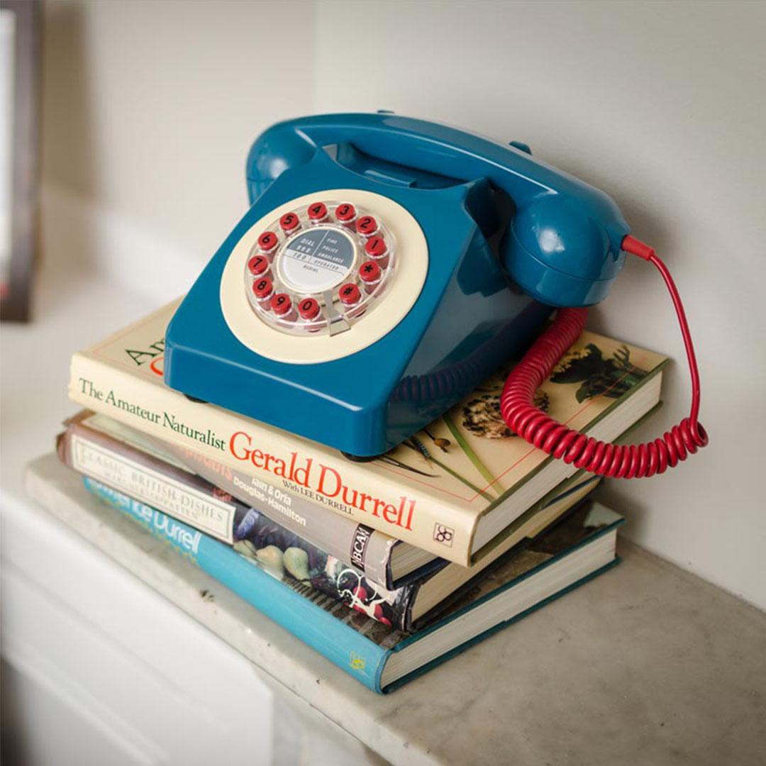 Téléphone vintage Série 746 bleu pétrole Wild and Wolf