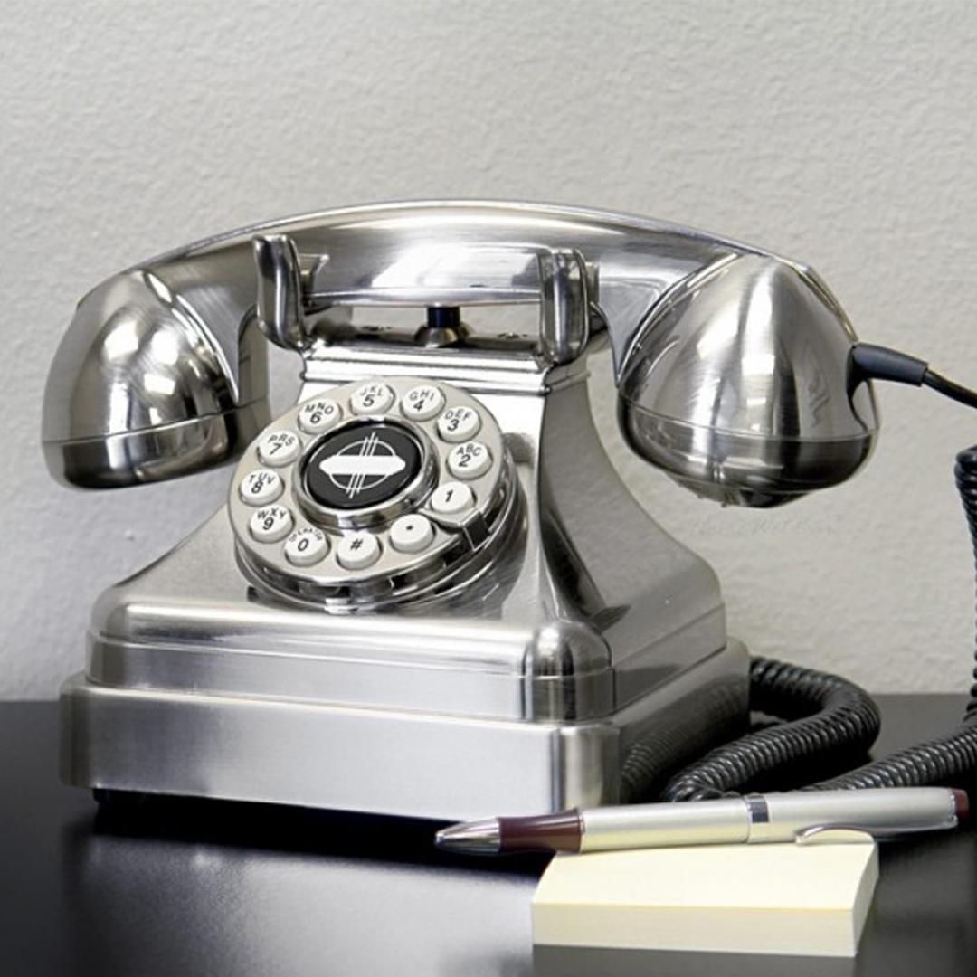 Téléphone vintage Lobby Wild and Wolf (Chrome)