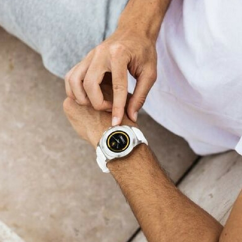 ZeTime Original regular cadran métal argent brossé bracelet silicone blanc MyKronoz