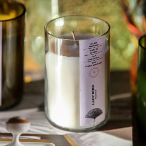Bougie décorative Martine bouteille de vin upcyclée par Septembre