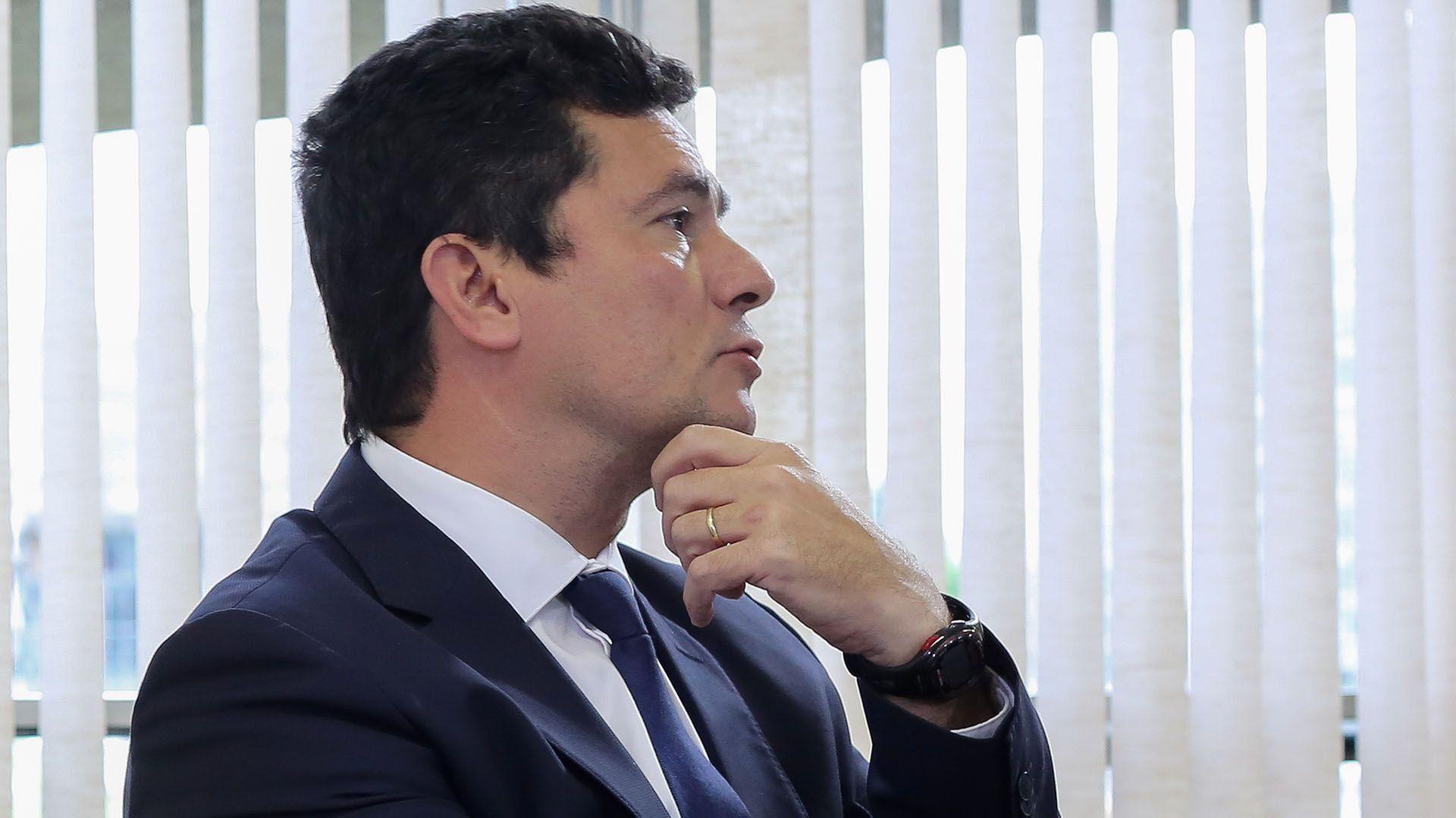 Resultado de imagen para FARSA DE LAVA JATO COMPRUEBA PERSECUCIÓN CONTRA LULA, DENUNCIA PT