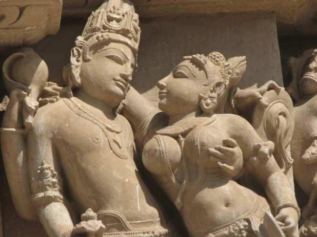 Les temples de Khajurao au Madhya Pradesh sont ornés de splendides sculptures représentant des scènes d'amour.