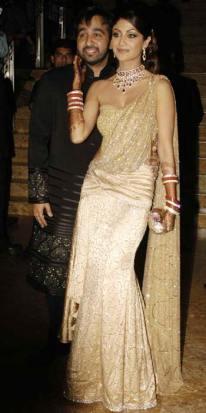 chilpa-shetty-saree-gown