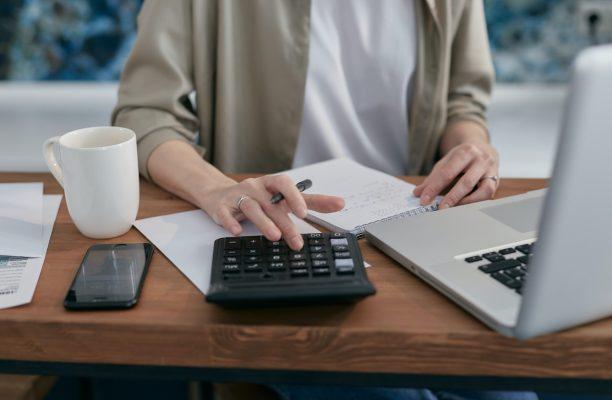 como hacer una factura paso a paso en excel (2)