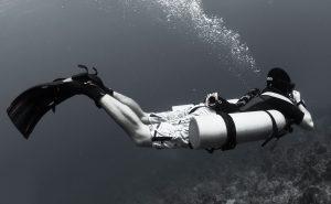 sidemout_diving