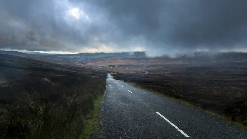 Route nuages automne