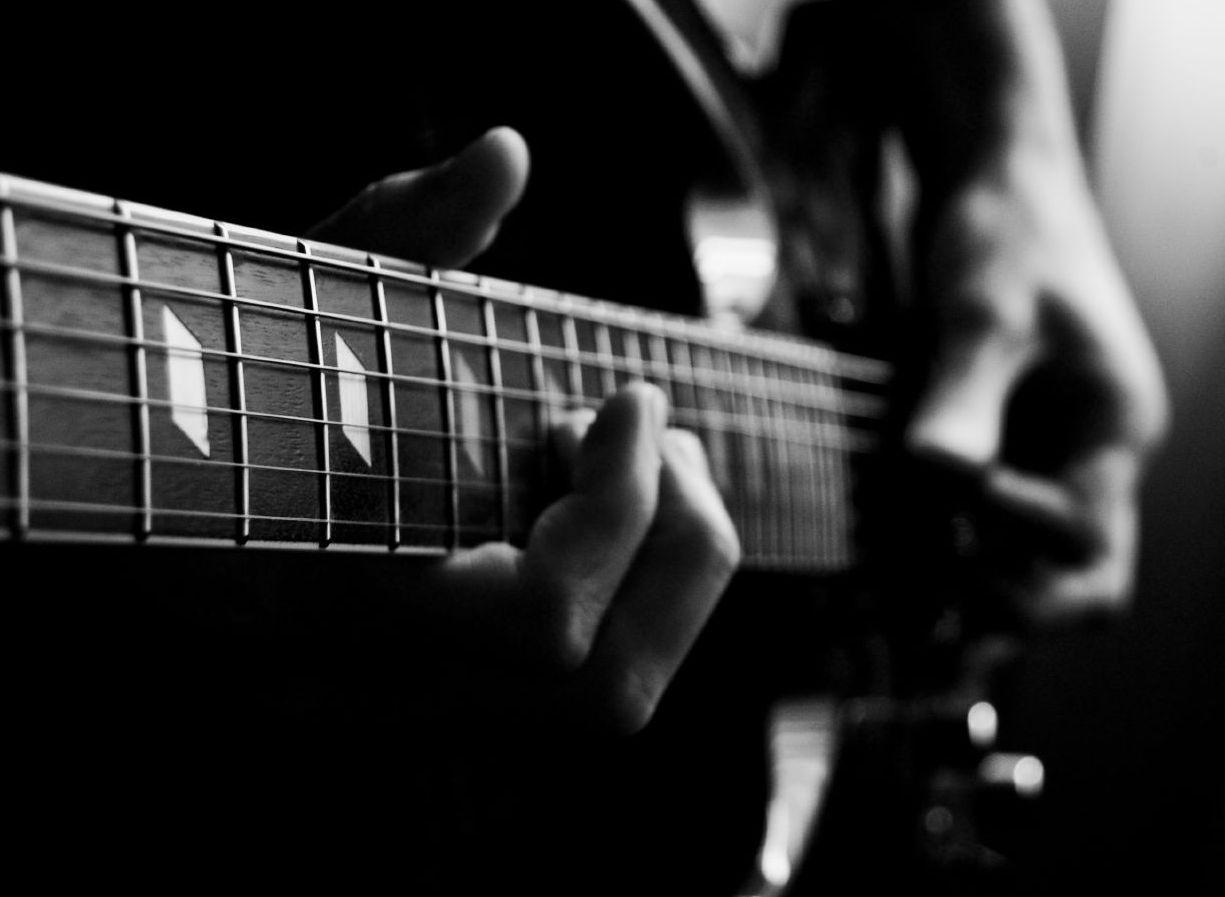 black guitar 1