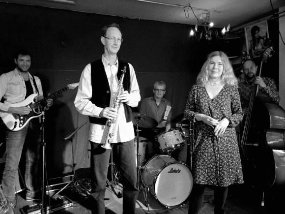 La Noque speelt melodieuze jazz, Balkan en meer