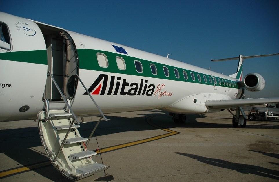 "< img src=""https://www.la-notizia.net/alitalia"" alt=""alitalia"""