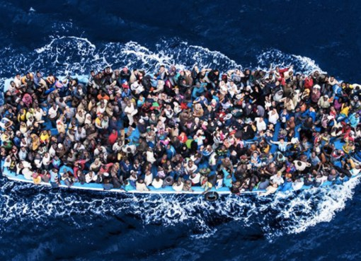 """< img src=""""https://www.la-notizia.net/migrante"""" alt=""""migrante"""""""