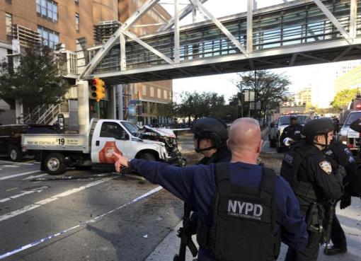 "< img src=""https://www.la-notizia.net/new-york"" alt=""new york"""