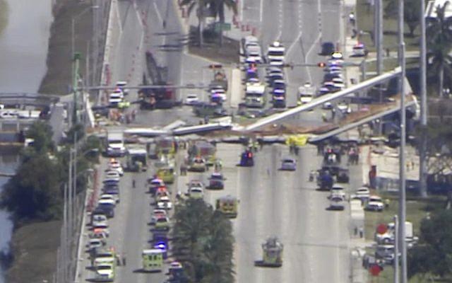Crolla ponte su strada a sei corsie a Miami, diversi morti
