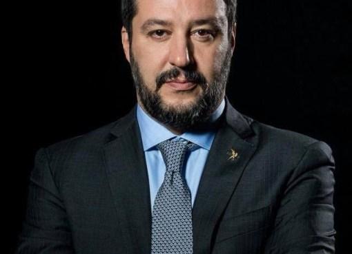 "< img src=""https://www.la-notizia.net/sophia"" alt=""sophia"""