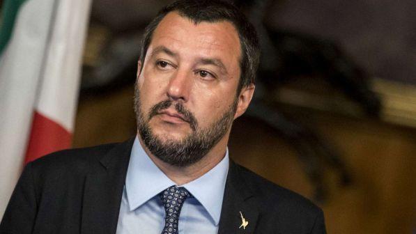 """< img src=""""https://www.la-notizia.net/isoardi"""" alt=""""isoardi"""""""