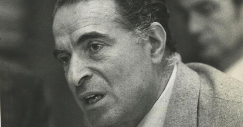 """< img src=""""https://www.la-notizia.net/di-vittorio"""" alt=""""di vittorio"""""""