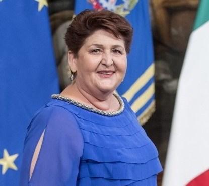 "< img src=""https://www.la-notizia.net/bellanova"" alt=""bellanova"""