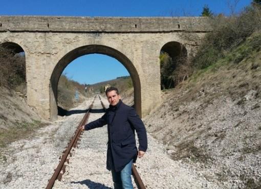 "< img src=""https://www.la-notizia.net/baldelli"" alt=""baldelli"""